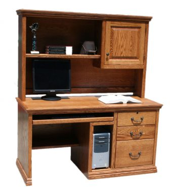 Traditional Oak Desk and Hutch